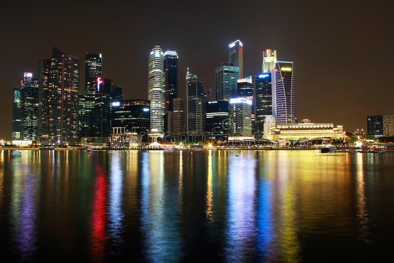 Взгляд ночи реки Сингапура стоковое изображение
