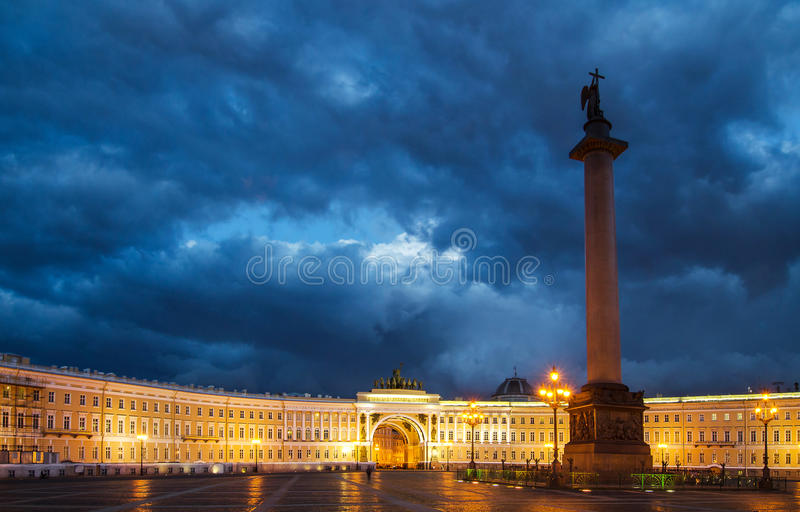 Взгляд ночи собора Казани стоковые фото
