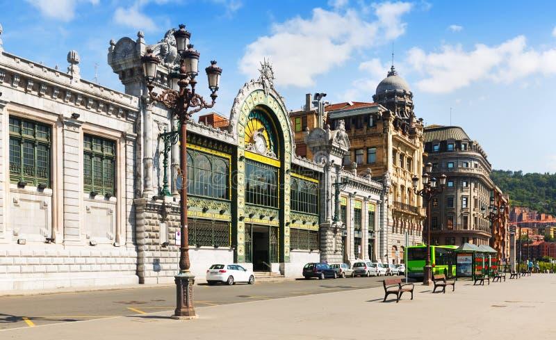 Взгляд дня железнодорожного вокзала в Бильбао Испания стоковые фотографии rf