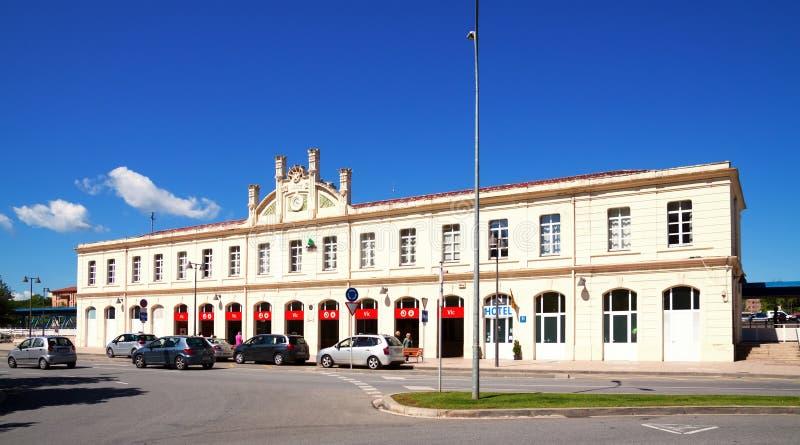 Взгляд дня железнодорожного вокзала в Vic стоковое фото rf