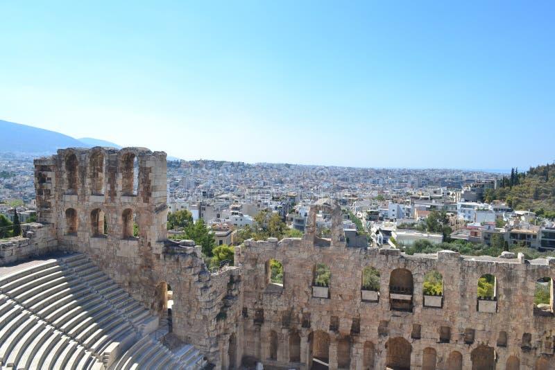 Взгляд обозревая театр Афин Dionysus стоковое изображение rf