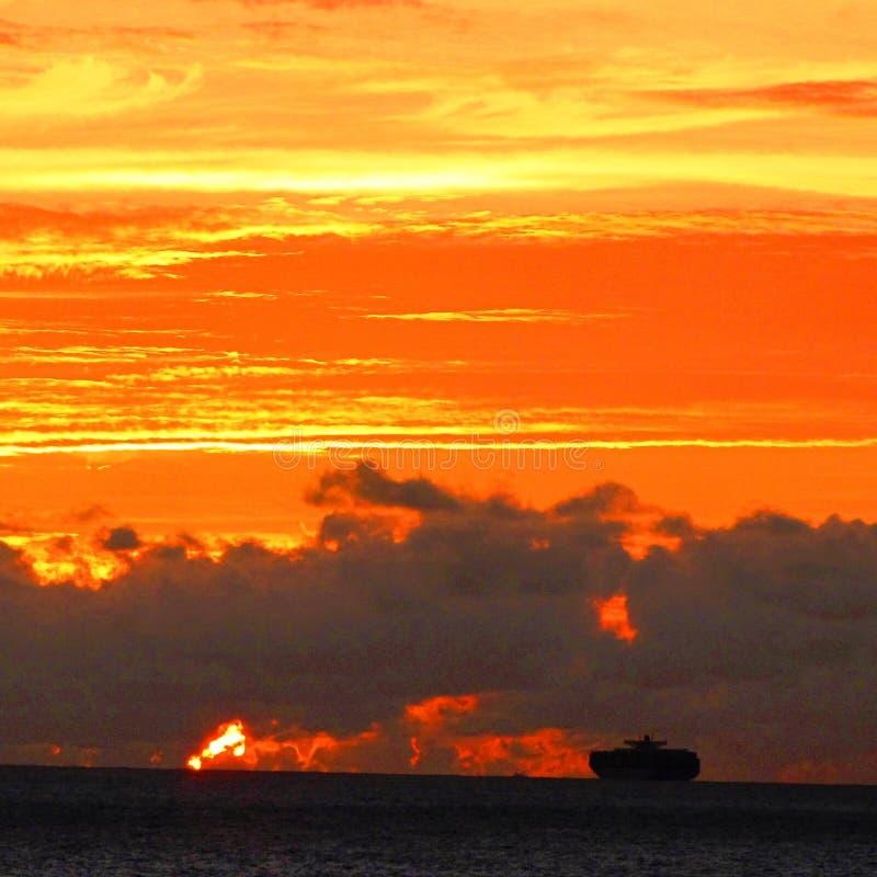 Взгляд облака на самое лучшее стоковая фотография rf