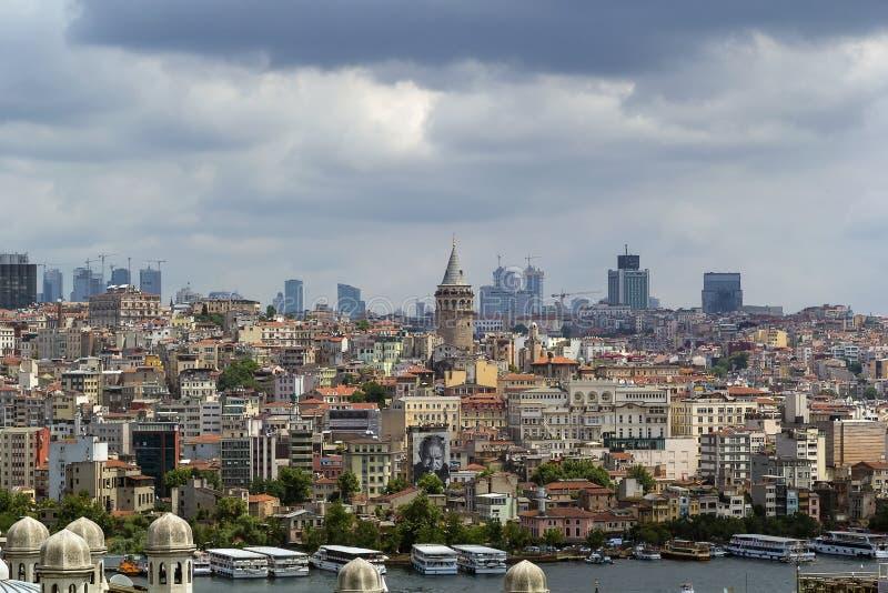 Взгляд области Стамбула Beyoglu стоковые изображения
