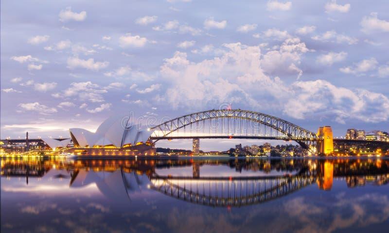 Взгляд оперных театров в Сиднее стоковая фотография rf