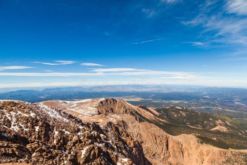 Взгляд от саммита пика Pike, Колорадо-Спрингс, CO стоковое изображение