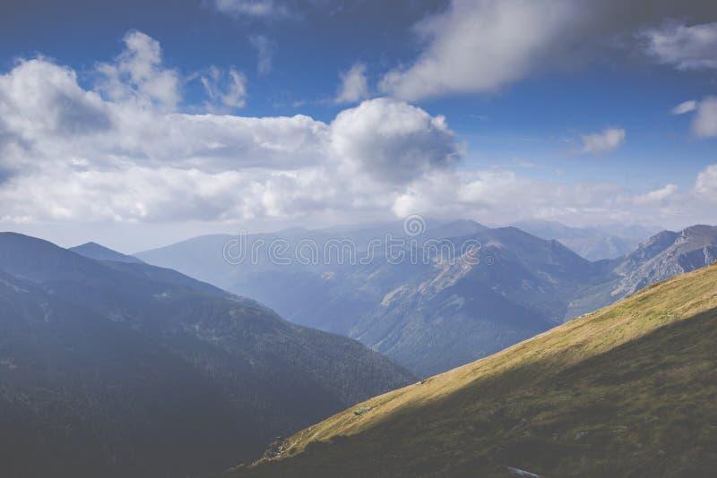 Взгляд от саммита Kasprowy Wierch в польских горах Tatra стоковое изображение rf