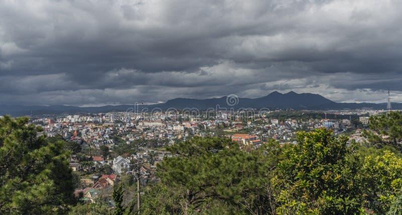 Взгляд от фуникулера в городе Lat Da стоковое фото rf