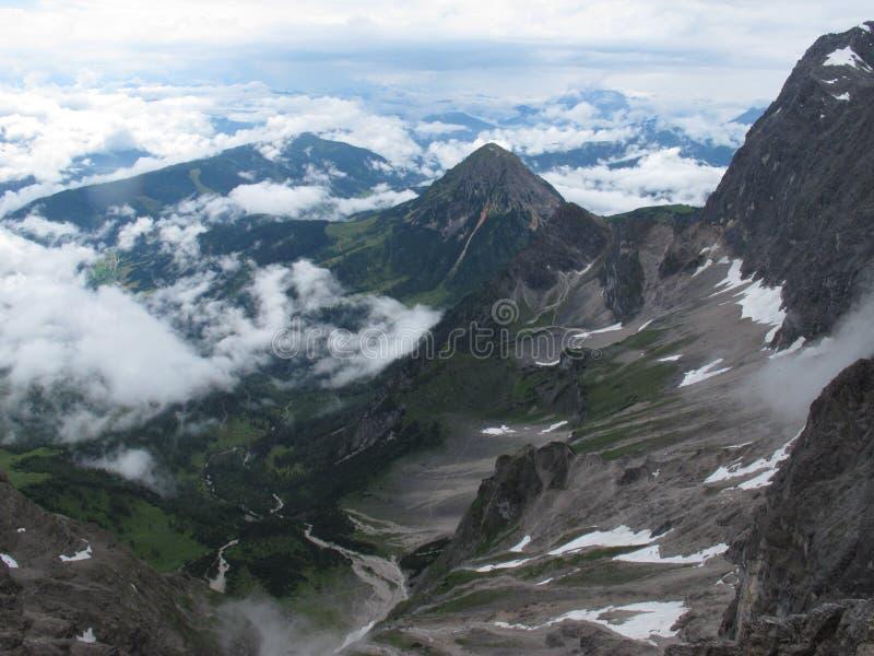 Взгляд от Dachstein стоковые фотографии rf