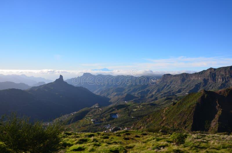 Взгляд от Roque Nublo стоковые фотографии rf