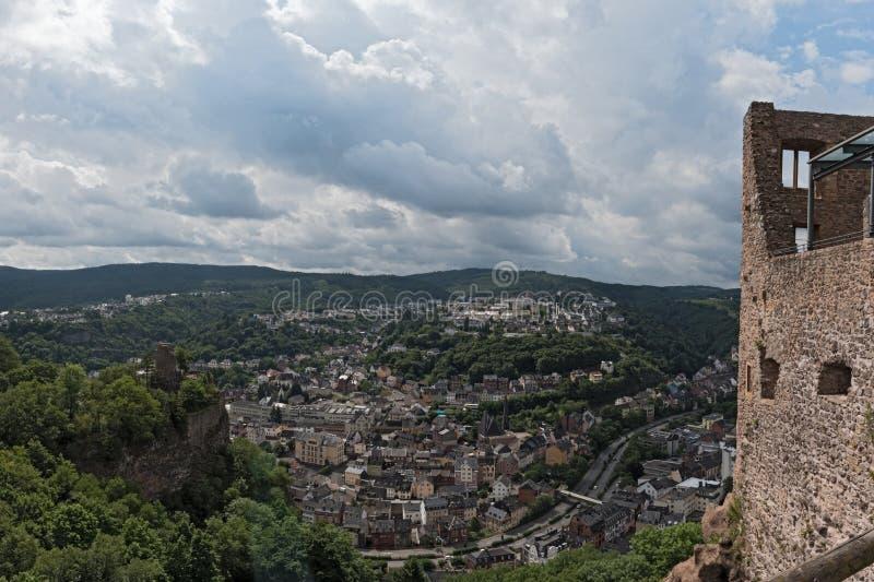 Взгляд панорамы arial Idar-Oberstein в Rhineland-Palatinate, Германии стоковые изображения