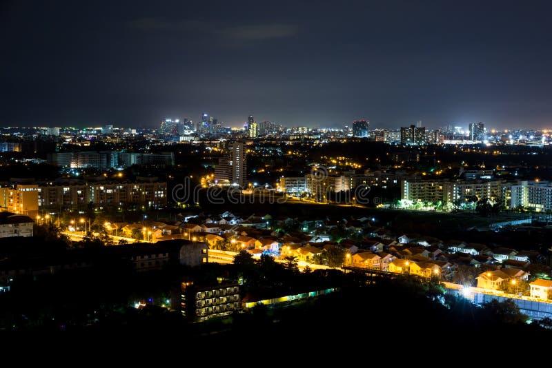 Взгляд Паттайя ночи jomtien Таиланд стоковые фотографии rf