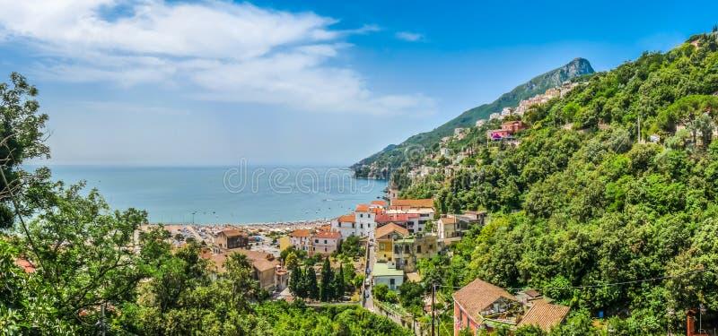 Взгляд побережья Амальфи, кампания открытки, Италия стоковое фото