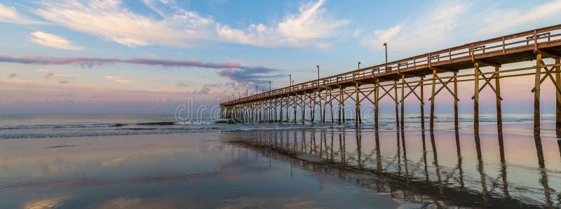 Взгляд пристани пляжа стоковое изображение rf