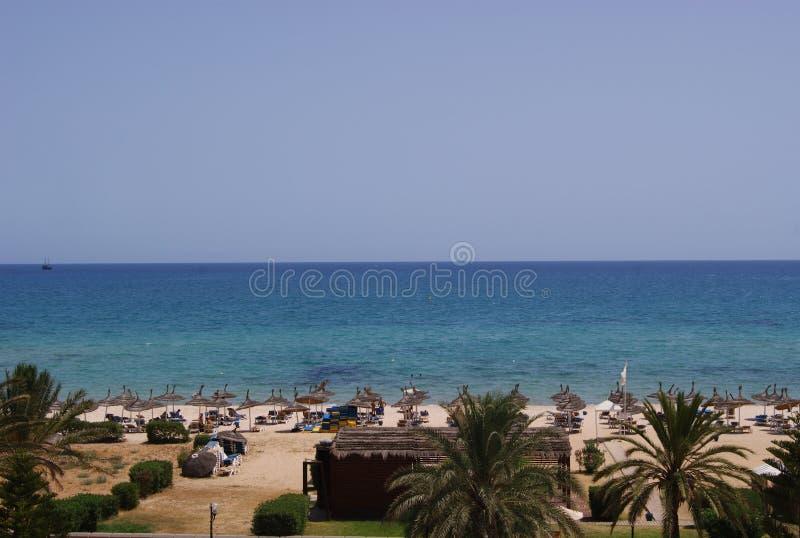 Взгляд пляжа моря стоковые изображения