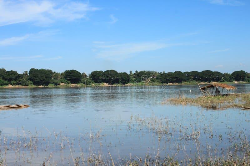 Взгляд реки стоковые фотографии rf