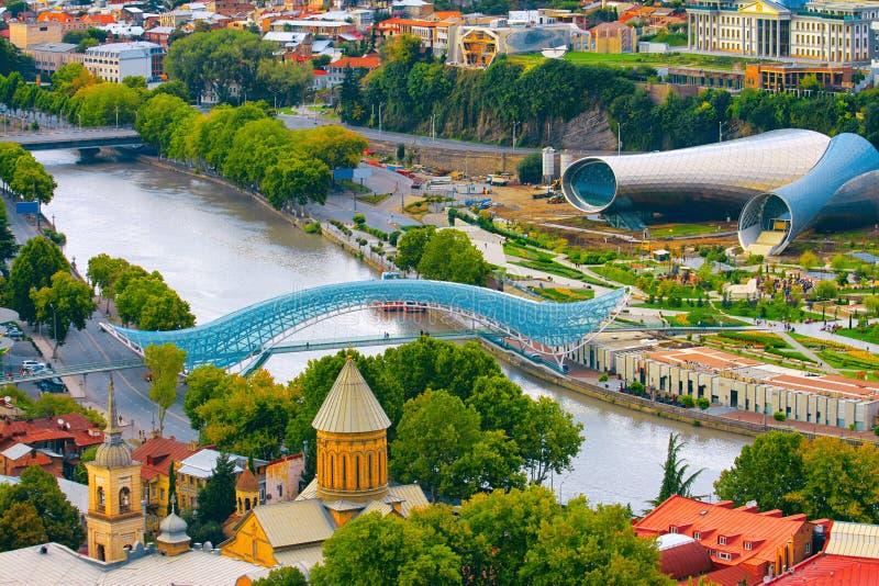 Взгляд Рекы Kura в Тбилиси, Georgia стоковая фотография rf