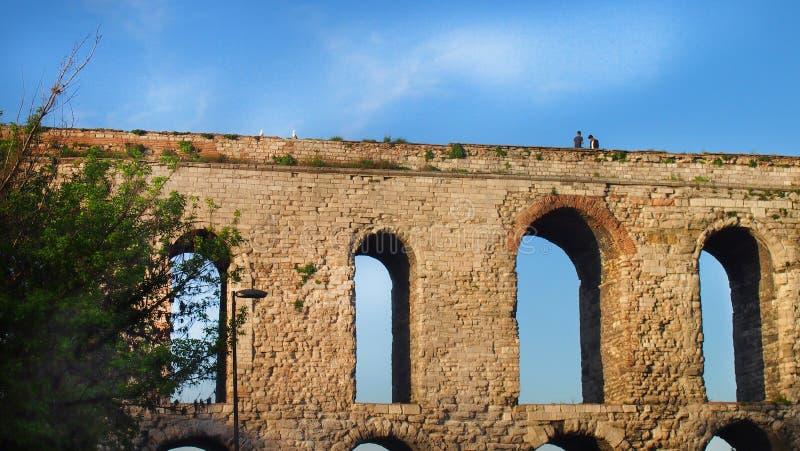 Взгляд римского мост-водовода стоковые изображения