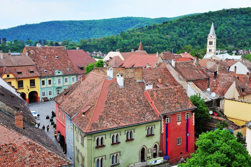 Взгляд сверху городка Sighisoara старого, Румынии стоковые изображения