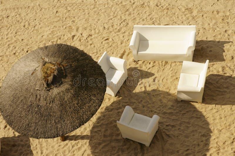 Взгляд сверху песчаного пляжа стоковое фото rf