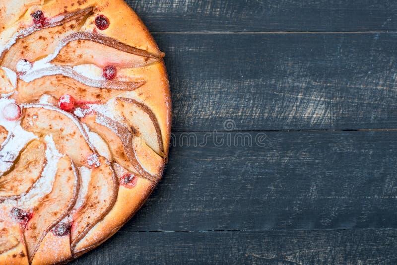 Взгляд сверху хлебопекарни пирога груш домодельное иллюстрация вектора