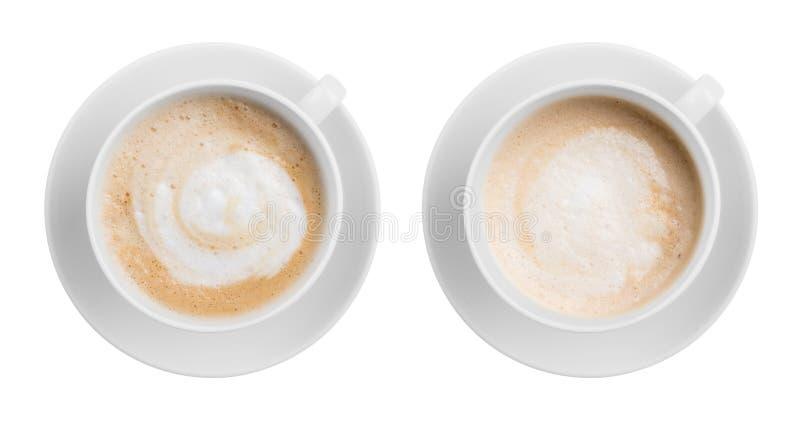 Взгляд сверху чашки latte или капучино кофе изолированное дальше стоковое фото rf