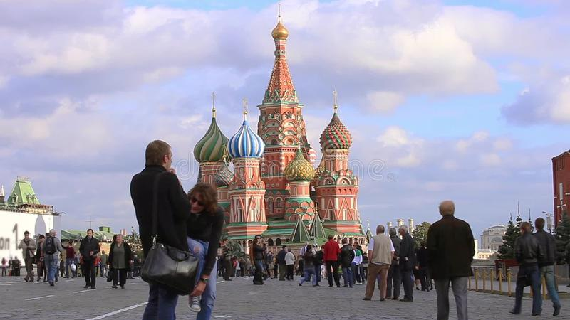 Взгляд собора базилика St, красной площади, промежутка времени Москвы, России сток-видео