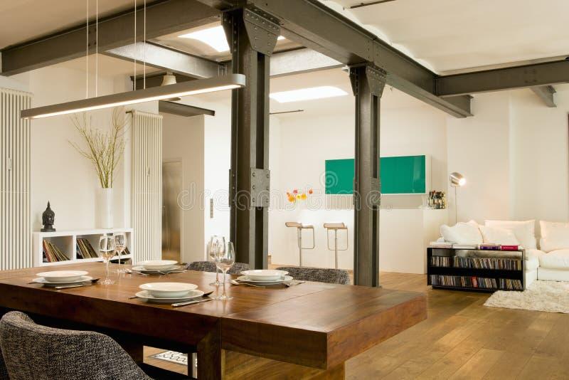 Взгляд современного домашнего интерьера стоковые фото