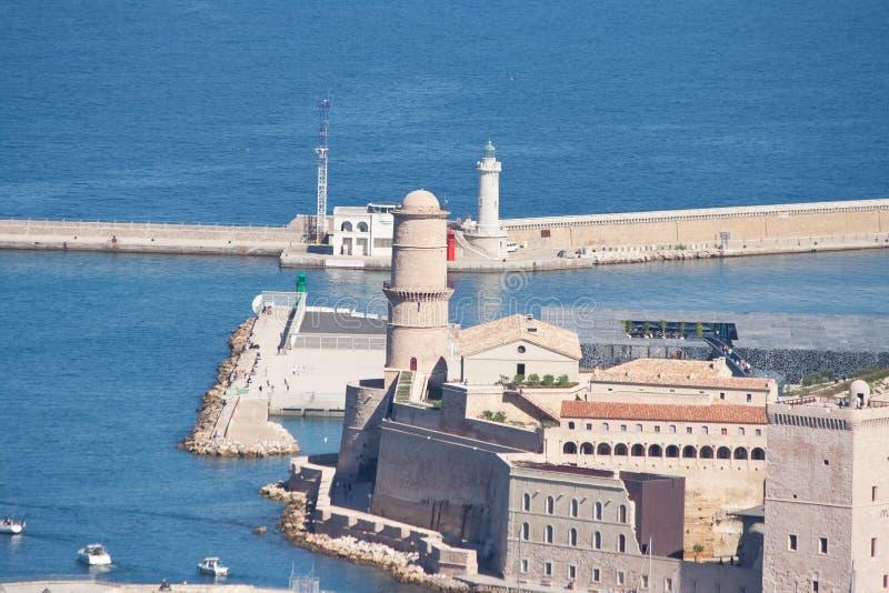 Взгляд старого Святого Джина порта и форта в марселе, Франции стоковые фото