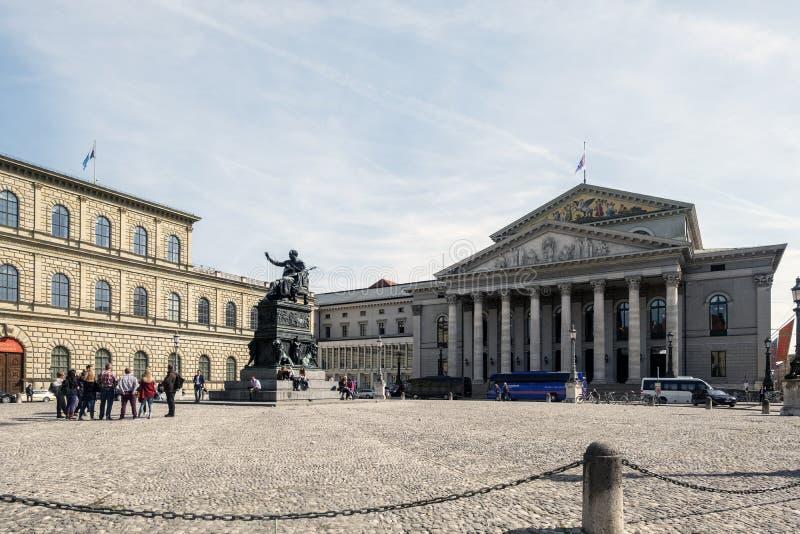 Взгляд театра Bayerisches Nationaltheatere национального ба стоковые фото
