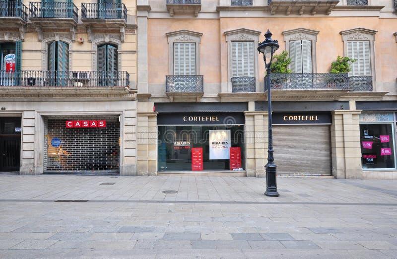 Взгляд торговой улицы Rambla, Барселоны стоковое изображение