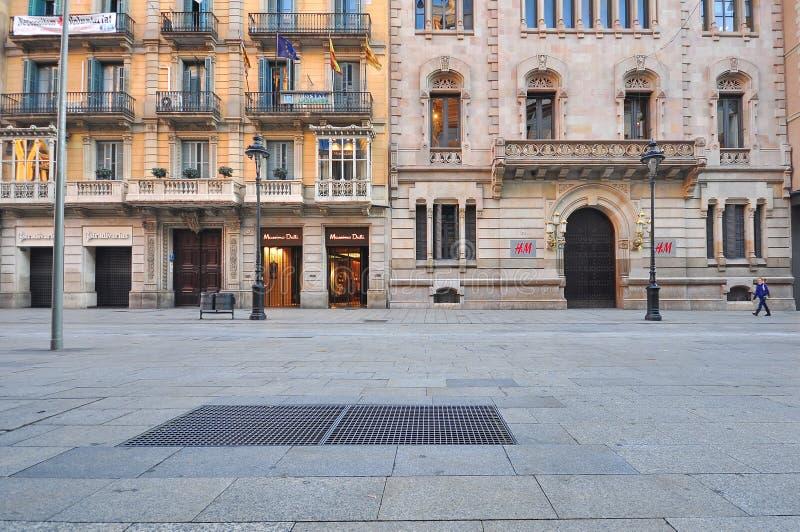 Взгляд торговой улицы Rambla, Барселоны стоковое фото rf