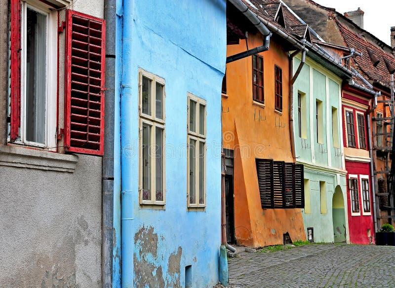 Взгляд улицы в городке Sighisoara стоковые изображения rf