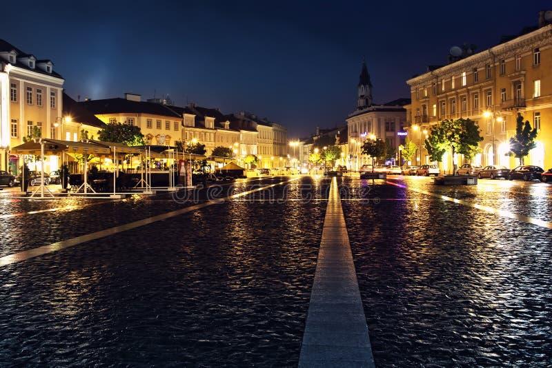Взгляд улицы в старом городке Вильнюса стоковое фото rf