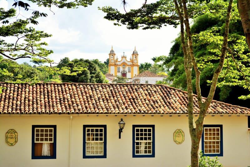 Взгляд церков матери Святого Антония - Tiradentes стоковая фотография rf