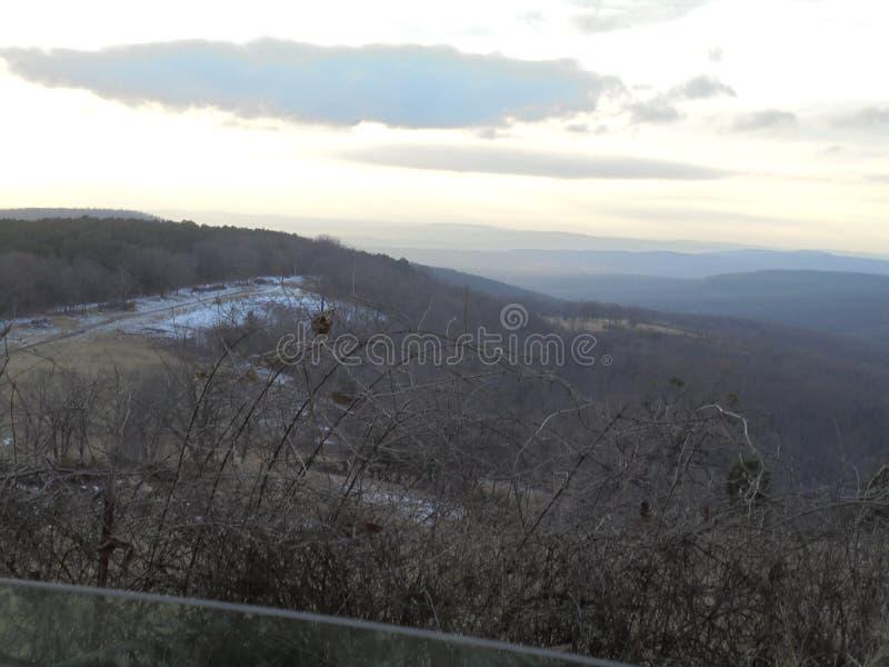 Взгляд через долину стоковые фото