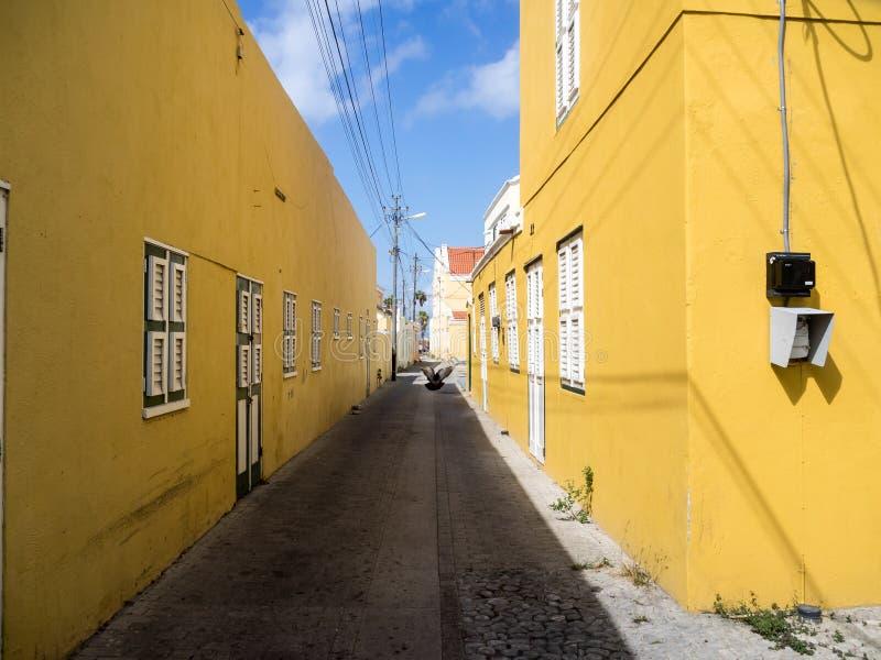 Download Взгляды вокруг Otrobanda стоковое изображение. изображение насчитывающей coastline - 41656931