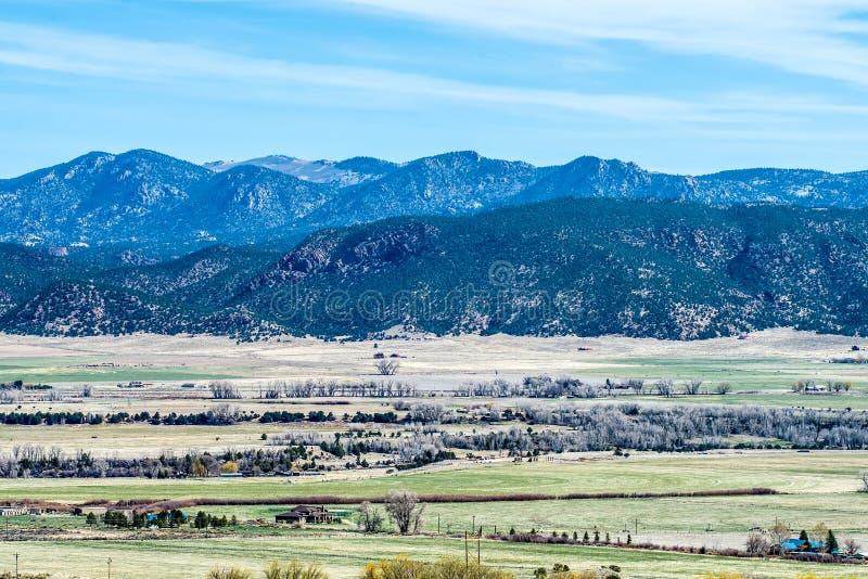 Взгляды перспективы скалистых гор Колорадо стоковые фотографии rf