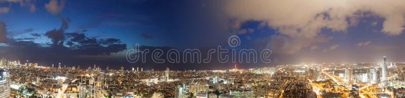 Взгляды светов ночи города стоковая фотография