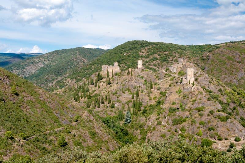 Взгляд de Lastours замоков quatre Les широкий панорамный стоковые изображения