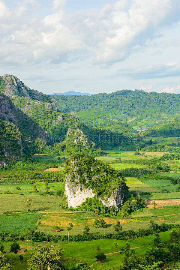 Взгляд Landscpae langka Pu (горы ka lang) во времени дня, Phaya стоковое фото