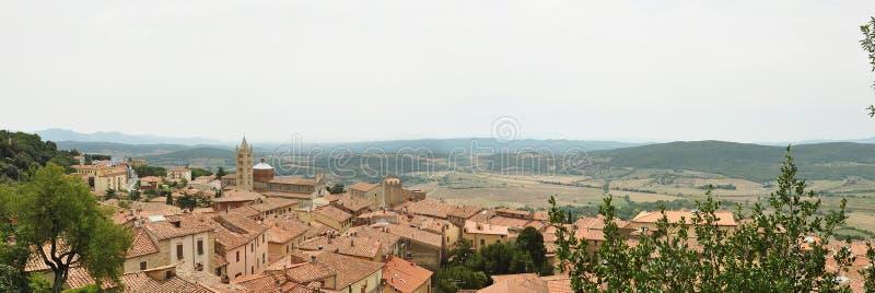 Взгляд Massa Marittima стоковое изображение