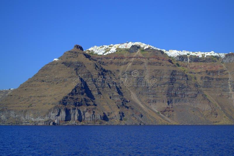 Взгляд Santorini от моря стоковые фотографии rf