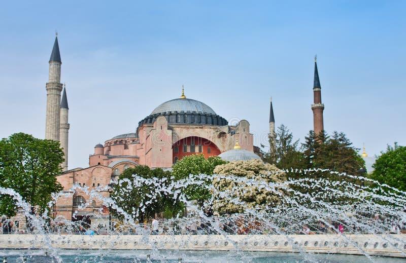 Взгляд theHagia Софии на ноче в Стамбуле, Турции стоковые изображения