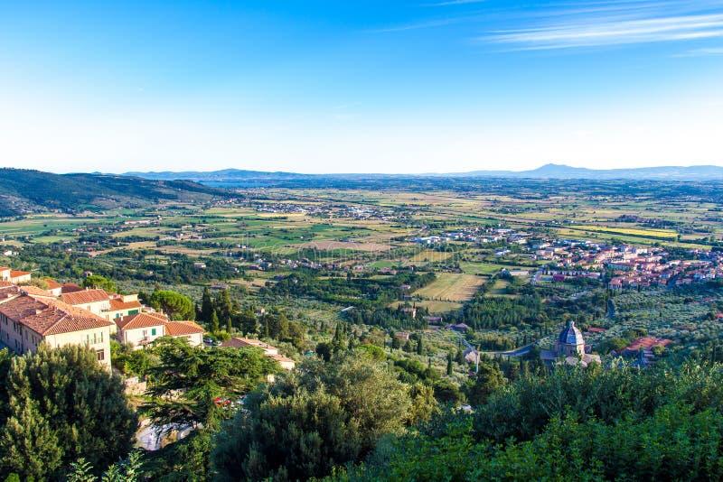 Взгляд Val di Chiana в Тоскане, Италии стоковые изображения