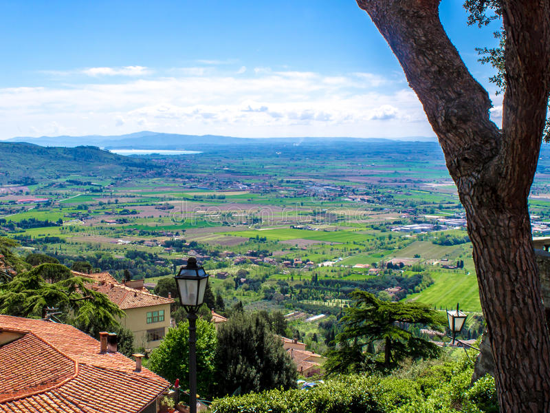 Взгляд Val di Chiana, в Тоскане, Италия стоковые фото