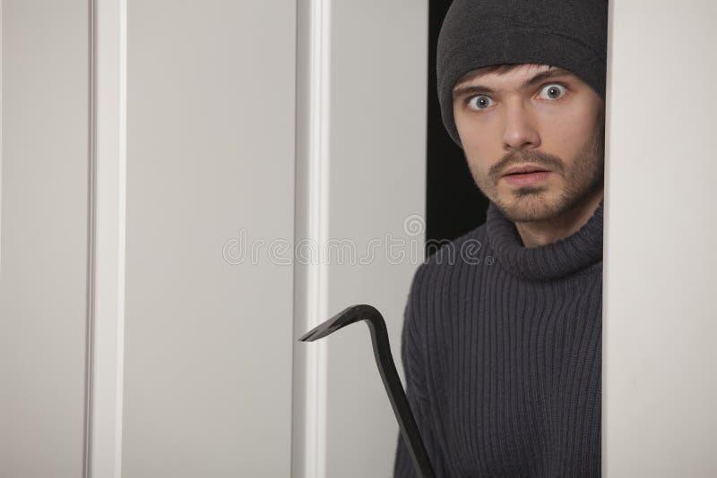 Download взломщик стоковое изображение. изображение насчитывающей похищение - 18396425
