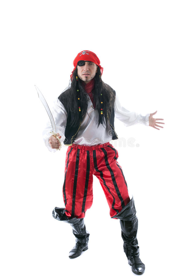 Взрослый человек одетый как пират, изолированный на белизне стоковые фотографии rf