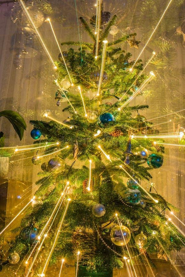 Взрывая рождественская елка стоковые изображения rf