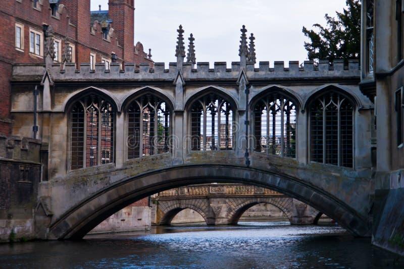 вздохи cambridge моста стоковые изображения