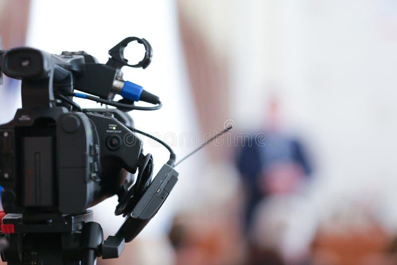 Видео- оборудование фильма телекамеры стоковая фотография